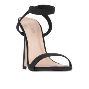 Brand New Black Open toe Ankle Strap Heels size 6